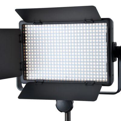 Godox professionele krachtige LED camera verlichting - LED 500C - met barndoor